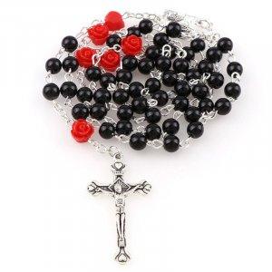 Ruženec s menom čierny perlový s červenými ružami