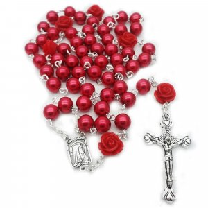 Ruženec s menom červený perlový s červenými ružami